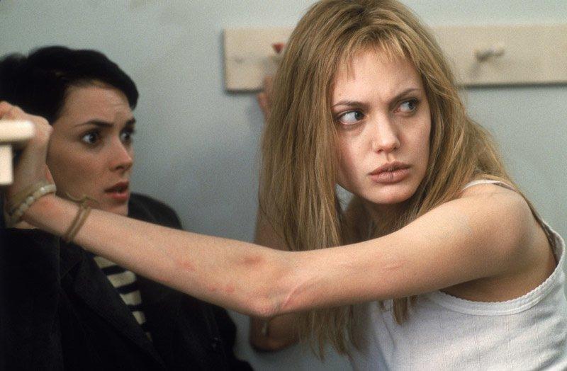 Susanna Kaysen Girl Interrupted Narušení Winona Ryder Angelina Jolie