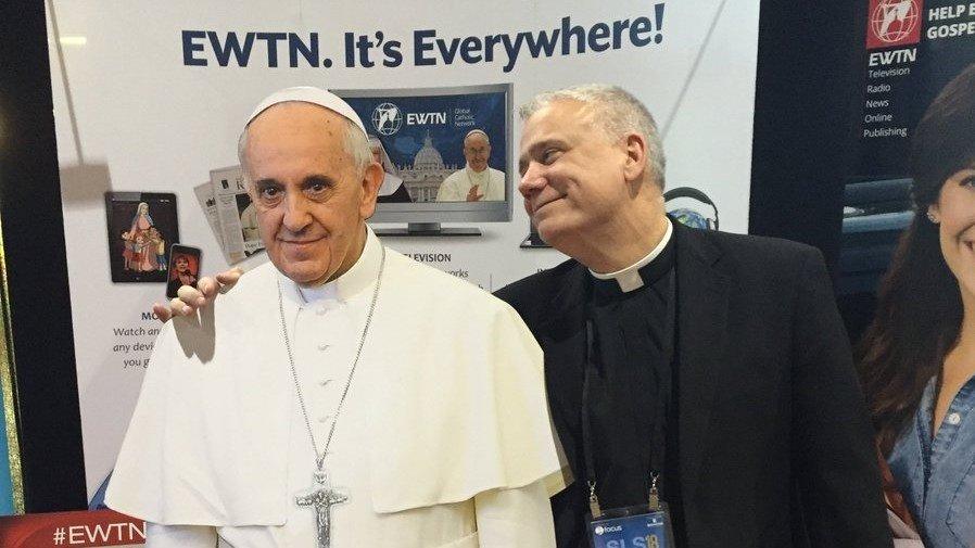 Fr. Larry Richards papež František