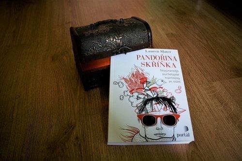 Pandořina skříňka, psychologické experimenty
